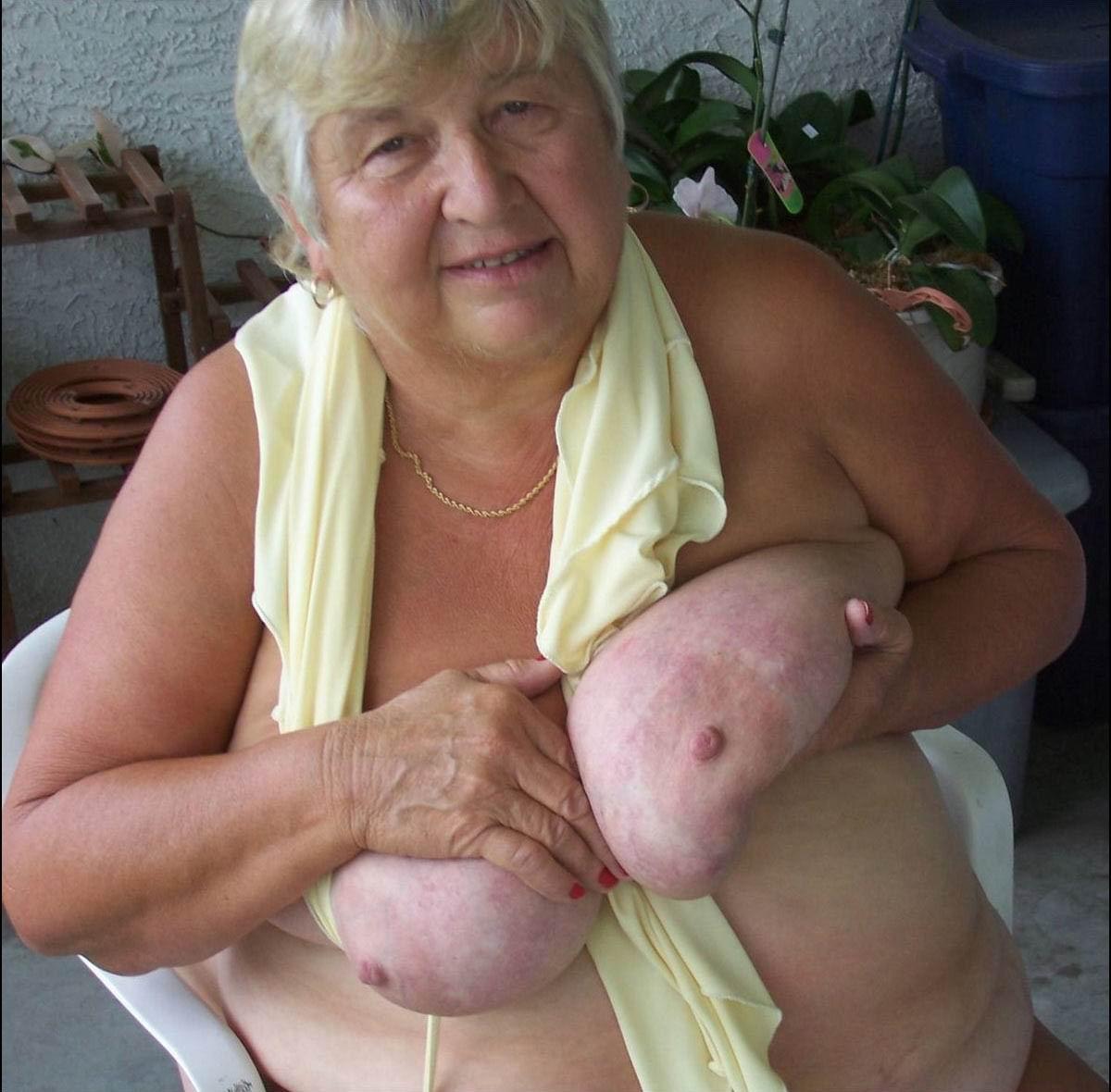 Толстые жирные бабушки фото 15 фотография