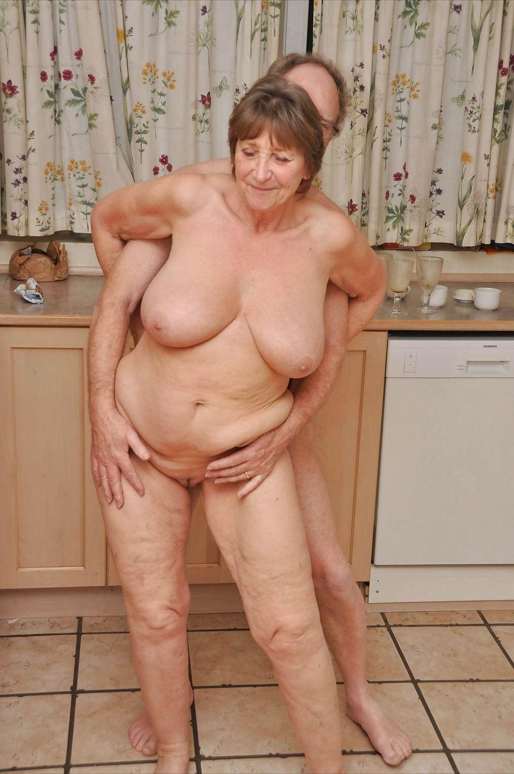 нас здесь фото старушек голышом выкладываем наш